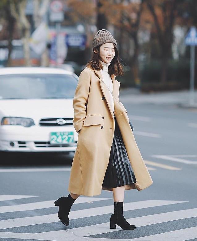 Mùa đông suốt ngày mặc áo khoác dáng dài, nhưng mix sao cho đúng thì bạn đừng bỏ qua 6 công thức sau - Ảnh 20.