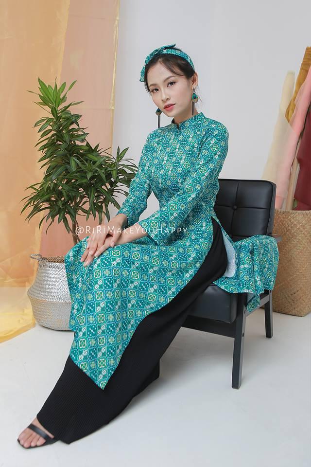 Còn đúng 1 tháng nữa là Tết, và đây là 7 mẫu áo dài cách tân đẹp duyên nhất cho nàng diện trong Tết này - Ảnh 14.