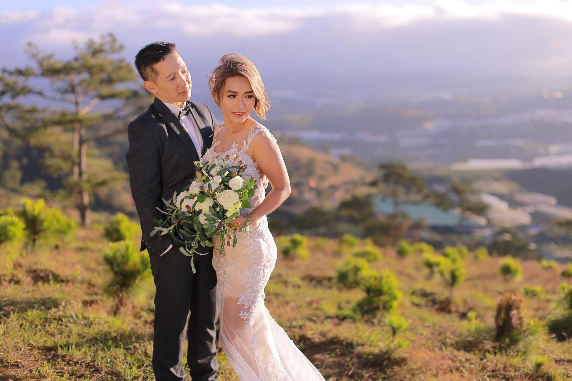Cô dâu chụp ảnh cưới chú rể nhìn bảo: Em là ai, anh không