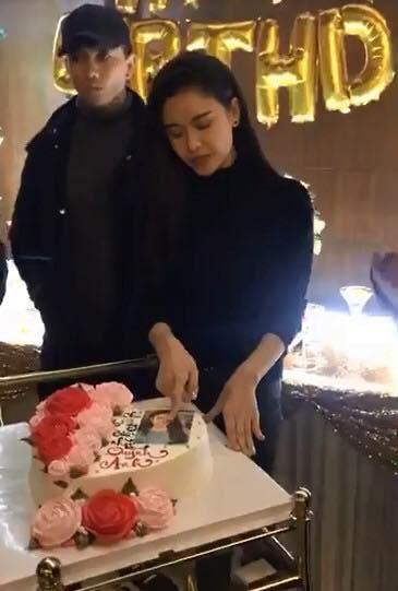 Thái độ khó hiểu của Tim khi có mặt trong tiệc sinh nhật Trương Quỳnh Anh - ảnh 3