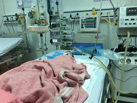 Vụ bé gái 8 tháng tuổi nguy kịch sau mũi tiêm của nhân viên y tế: Bệnh viện thừa nhận nhầm đường dùng thuốc - Ảnh 6.