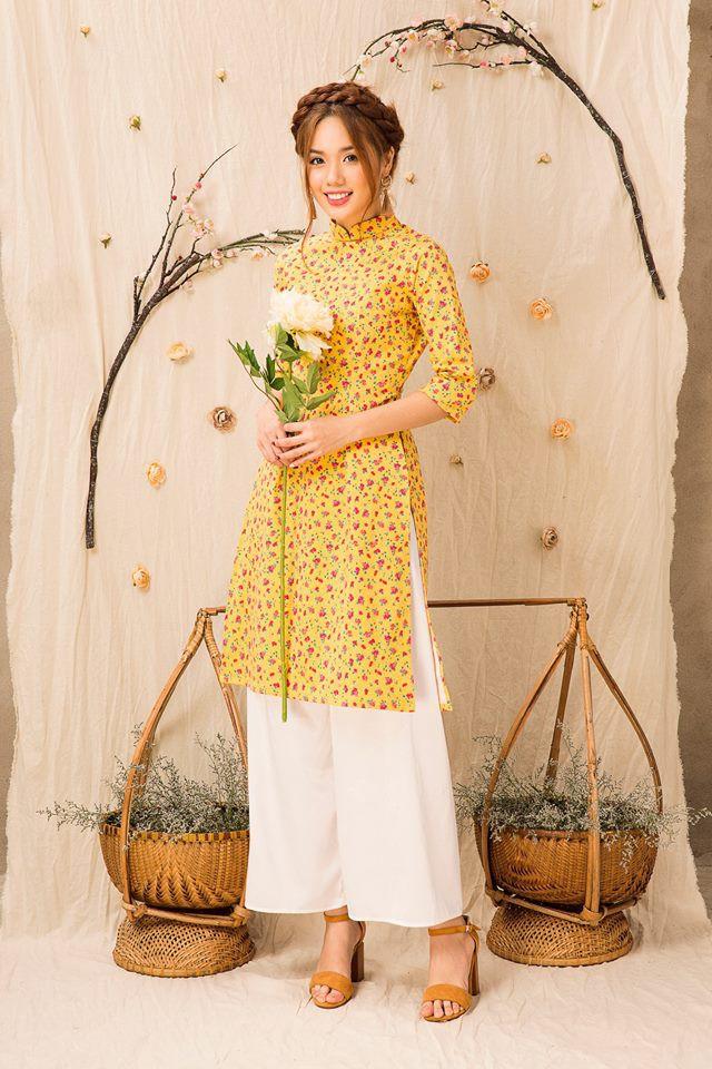 Còn đúng 1 tháng nữa là Tết, và đây là 7 mẫu áo dài cách tân đẹp duyên nhất cho nàng diện trong Tết này - Ảnh 19.