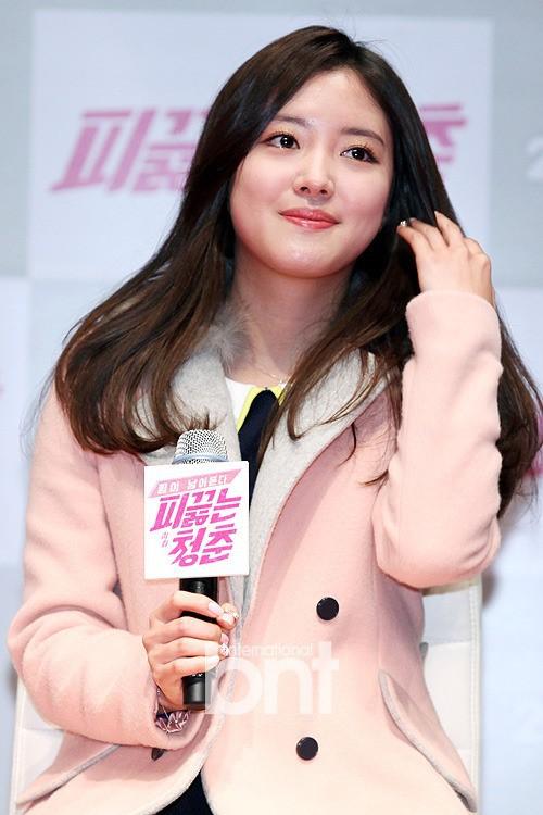 """Lee Se Young: Từ sao nhí tiềm năng một thời suýt bị quên lãng đến nàng """"cương thi quyến rũ nhất lịch sử điện ảnh xứ kim chi - Ảnh 12."""