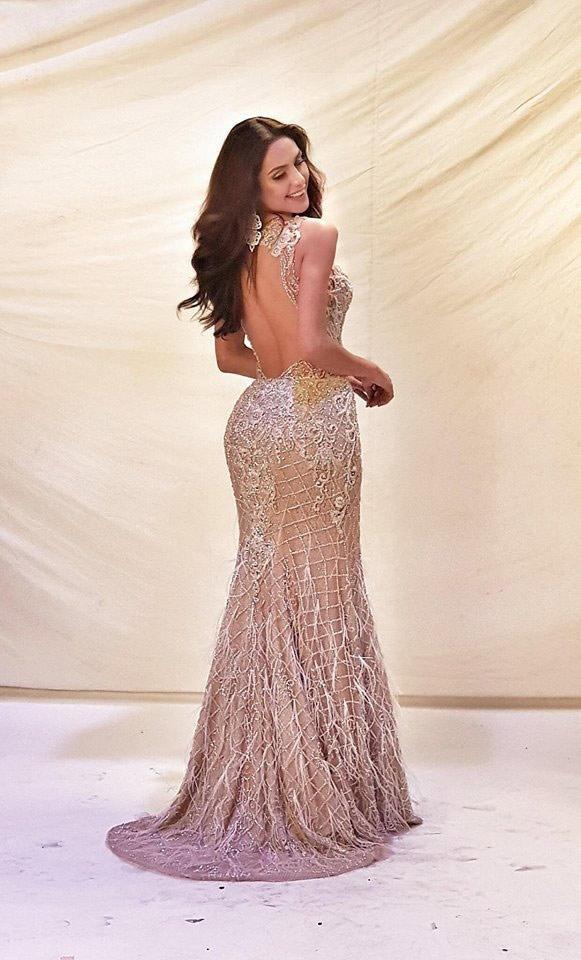 Kém may mắn cho đại diện Mỹ tại cuộc thi Hoa hậu chuyển giới, mặc đầm dạ hội lại để miếng dán ngực lộ rõ thế này - Ảnh 6.