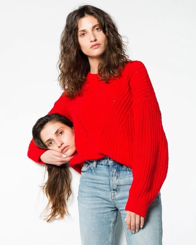 Nhờ Gucci lăng xê, ôm thủ cấp chụp hình thực sự đã trở thành hot trend trên thế giới - Ảnh 11.