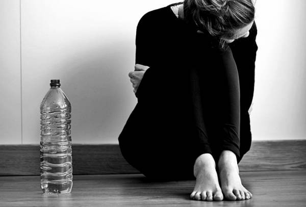 6 dấu hiệu chứng tỏ bạn đang phải chật vật với chuyện ăn uống của mình và tốt nhất nên trao đổi với bác sĩ - Ảnh 6.