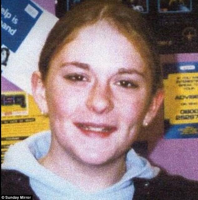 Vụ bế bối, lạm dụng trẻ em chấn động nước Anh: 1000 bé gái bị đánh đập và cưỡng hiếp - Ảnh 2.