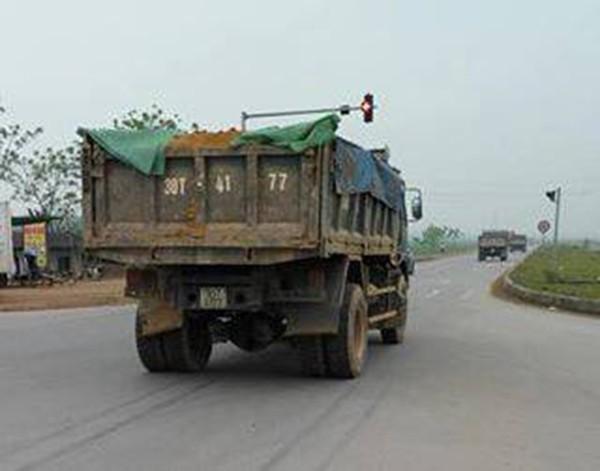 Phú Thọ: Va chạm với xe tải, cô gái đi xe máy tử vong đúng ngày sinh nhật - Ảnh 4.