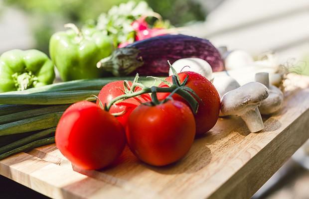 Chế độ ăn Pegan: Liệu có phải là sự kết hợp giữa chế độ ăn Paleo và Vegan? - Ảnh 1.