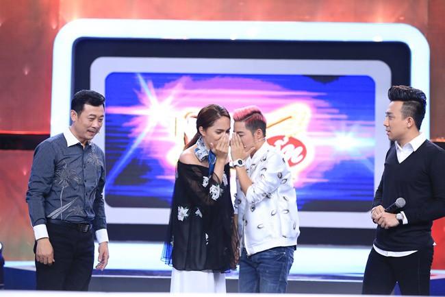 Đừng tưởng đi thi Hoa hậu mới tỏa sáng, trước đây Hương Giang cũng đã ứng xử cực khéo léo - ảnh 3