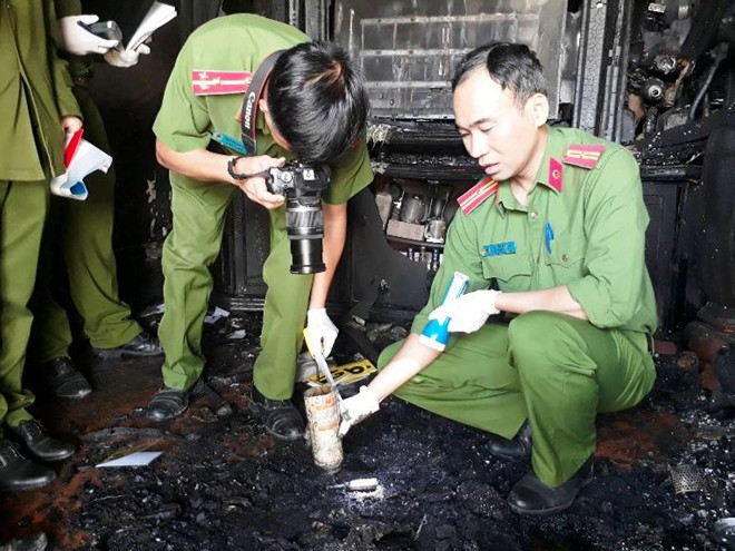 Cận cảnh hiện trường vụ cháy kinh hoàng làm 5 người tử vong ở Đà Lạt  - Ảnh 3.