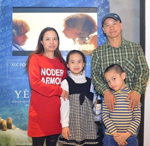 Chuyện ít biết về con gái nuôi người Việt của nhà bác học Stephen Hawking - Ảnh 5.
