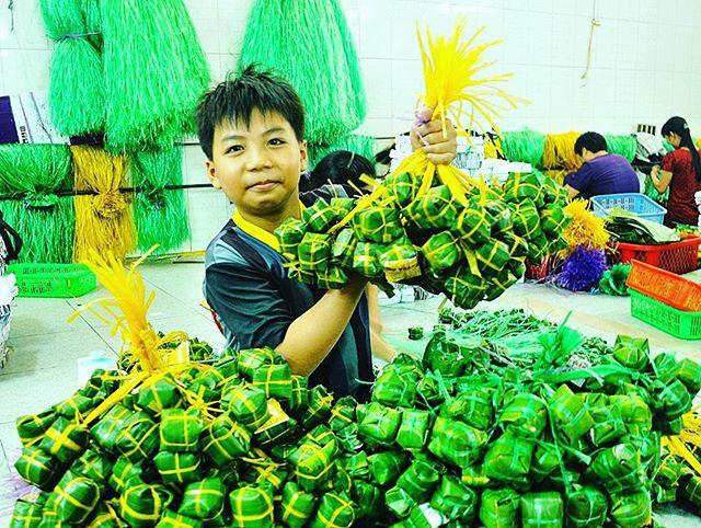 Không chỉ Thanh Hóa, nhiều tỉnh khác ở Việt Nam cũng có nem chua ngon quên đường về - Ảnh 9.