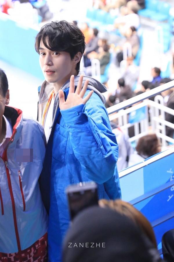 Văn Mai Hương phát cuồng vì độ điển trai của Lee Dong Wook trong buổi fan-meeting tại Hàn Quốc - Ảnh 6.