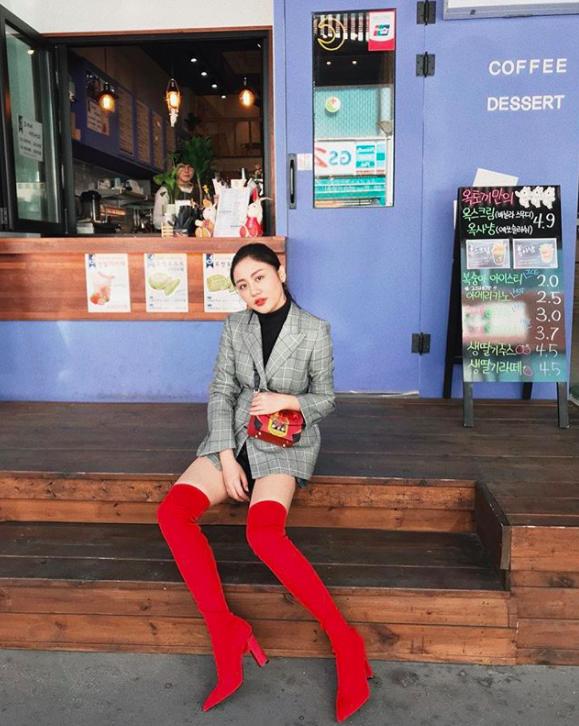 Văn Mai Hương phát cuồng vì độ điển trai của Lee Dong Wook trong buổi fan-meeting tại Hàn Quốc - Ảnh 10.