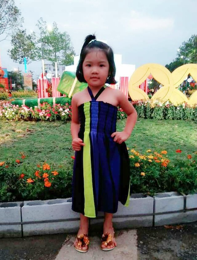 Bình Phước: Tìm thấy thi thể bé gái 4 tuổi nghi bị người quen bắt cóc ở dưới giếng cách nhà 4km - ảnh 1