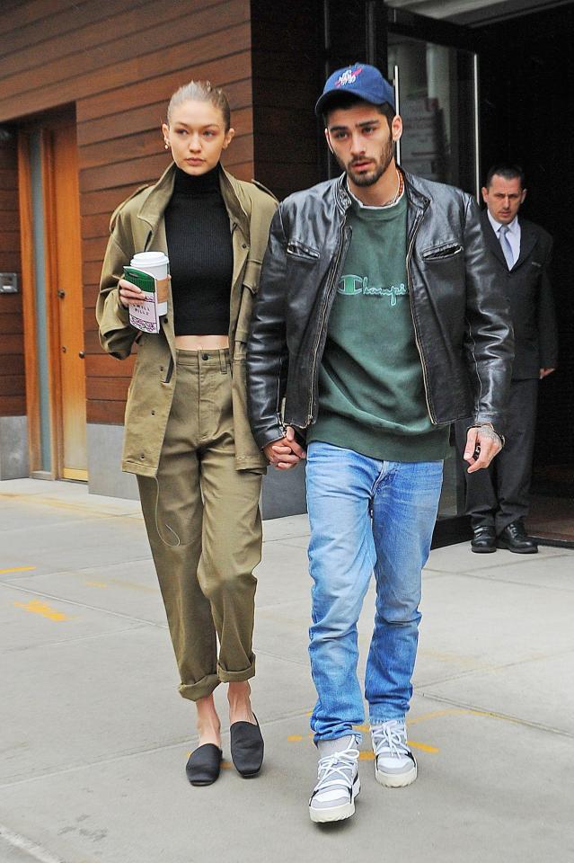 Mặc áo xuyên thấu lộ cả nhũ hoa, Bella Hadid quyết tranh spotlight với Gigi và Zayn? - ảnh 5