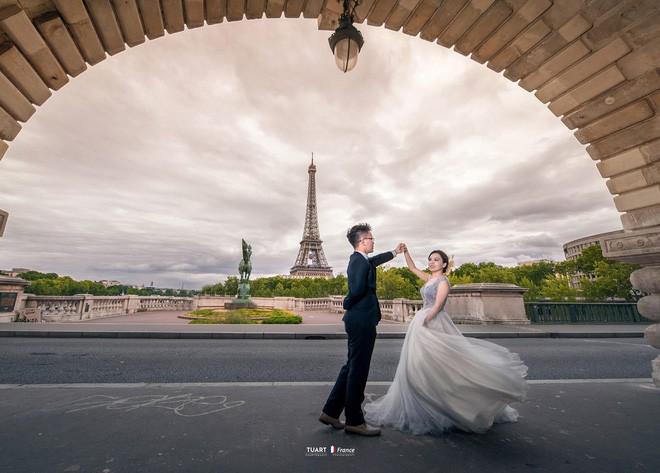 Bộ ảnh cưới ở 6 quốc gia cùng hành trình liều và điên của cặp đôi Hà Nội - Ảnh 2.