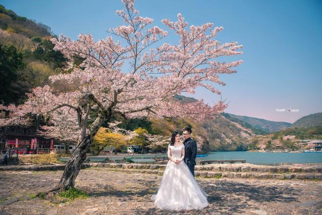 Bộ ảnh cưới ở 6 quốc gia cùng hành trình liều và điên của cặp đôi Hà Nội - Ảnh 4.