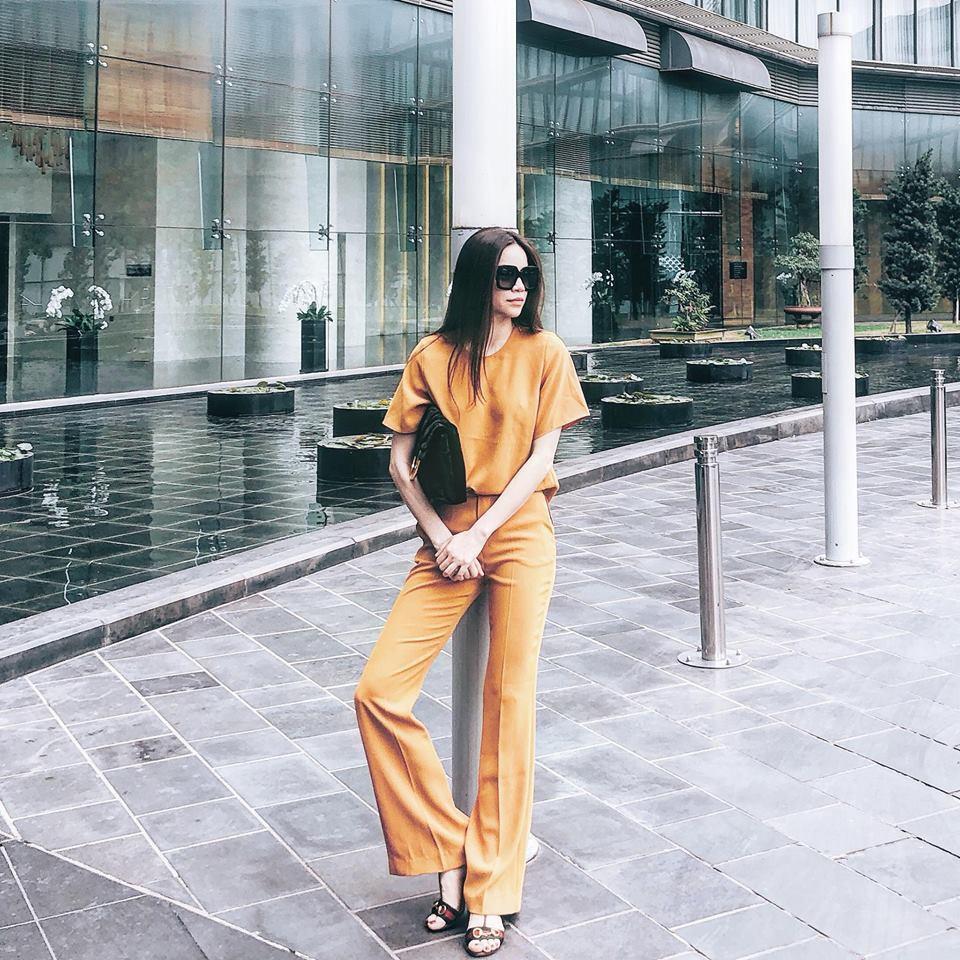 Thời trang công sở, những mẫu váy áo hot nhất mùa hè năm nay