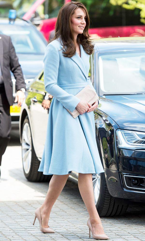 Từ Vbiz đến tận Hoàng gia Anh, Hà Tăng cùng Công nương Kate và Meghan đều có điểm chung phong cách mà phải đến ý lắm mới thấy - Ảnh 17.