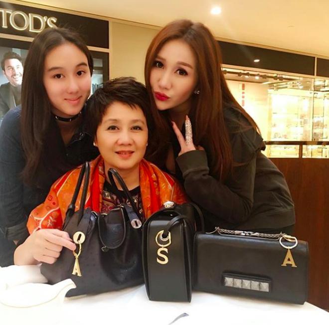 3 cô gái trong mơ của mọi chàng trai: Xinh đẹp, tài giỏi lại còn có bố là tỷ phú sòng bài Macau - Ảnh 32.