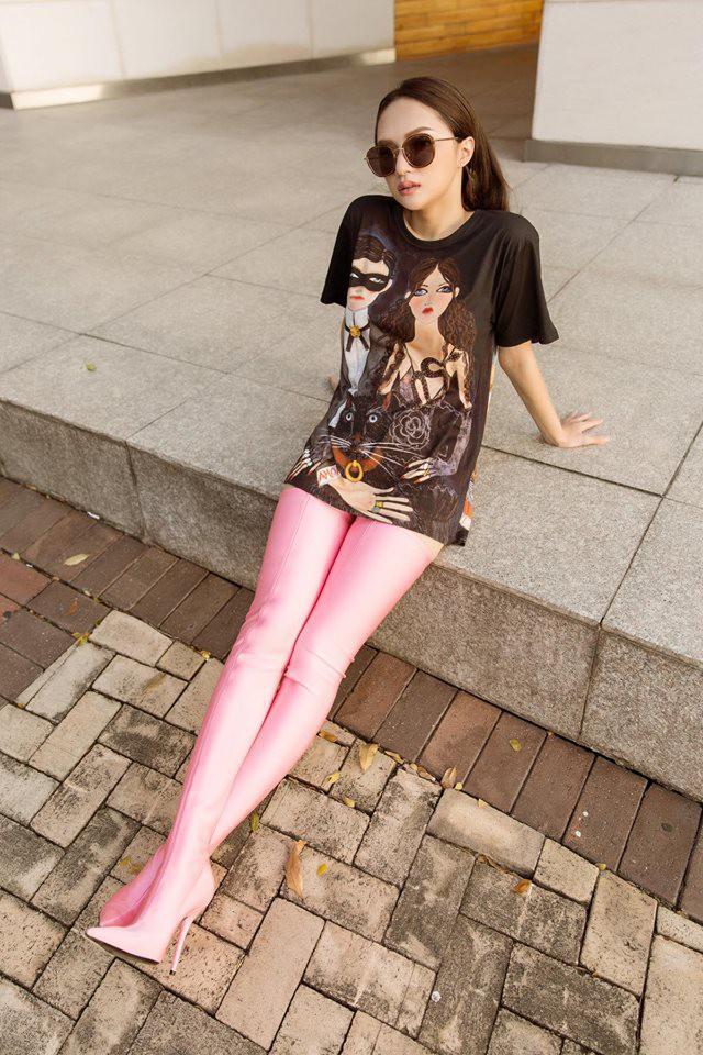 Sau ngày đăng quang, Hoa hậu Hương Giang vẫn chăm diện lại đồ cũ - Ảnh 15.