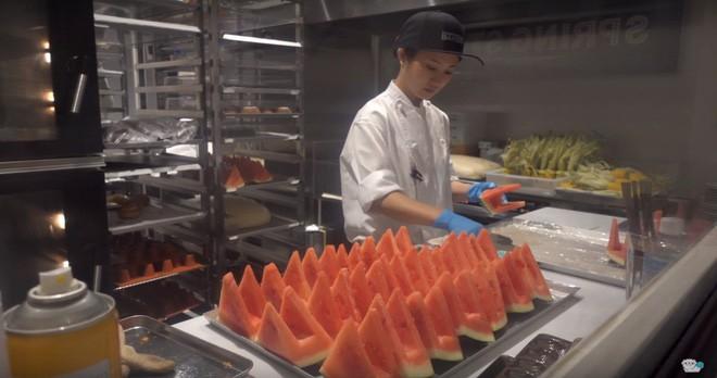 Trời nóng nực mà được thưởng thức món kem đặc biệt này của Nhật Bản thì mát rượi cả người - Ảnh 4.