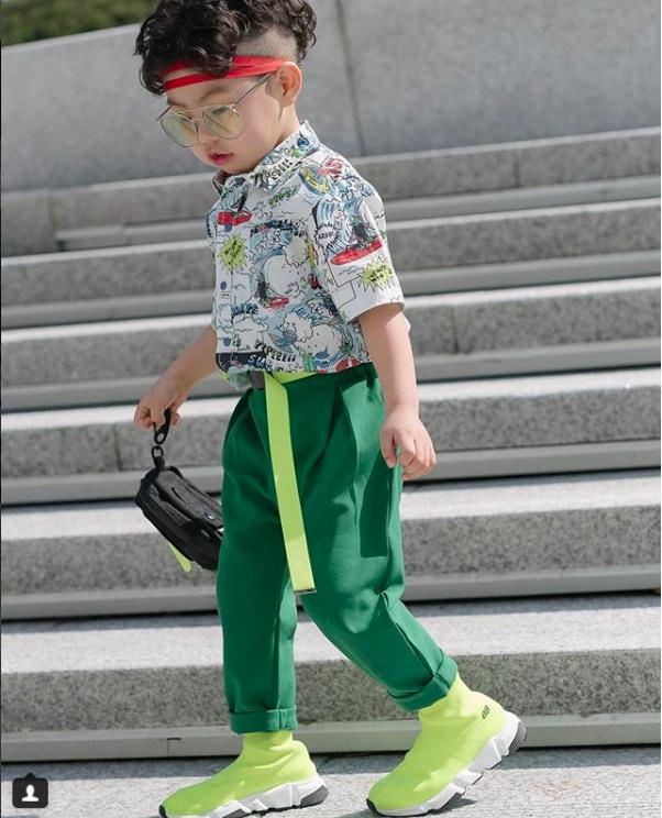 Đến hẹn lại lên, loạt nhóc tì khuấy đảo Tuần lễ Thời Trang Seoul 2018 với loạt street style cực chất cùng thần thái pose ảnh còn hơn cả người lớn  - Ảnh 16.