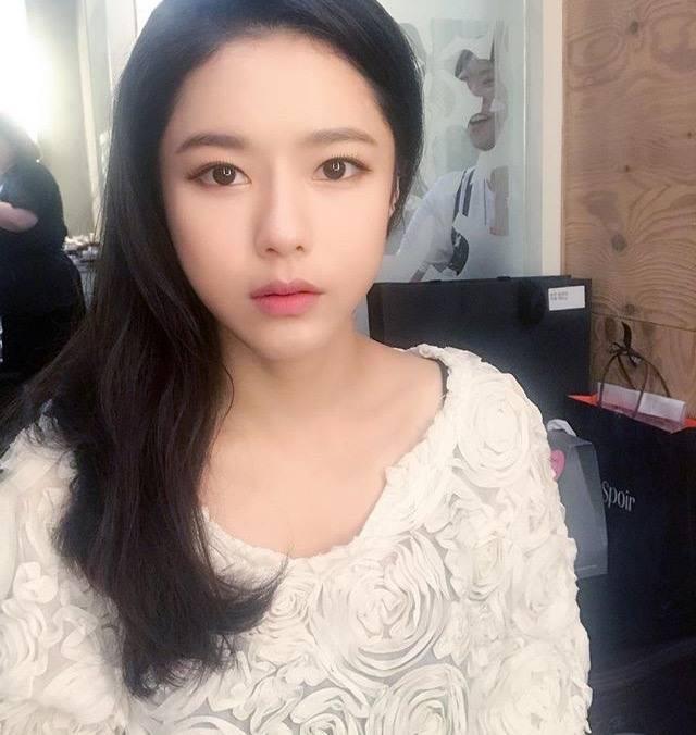 Chắc chắn bạn sẽ phải dụi mắt vài lần nếu biết tuổi thật của nhữngbảo bối nhan sắc U40 tại showbiz Hàn - Ảnh 26.