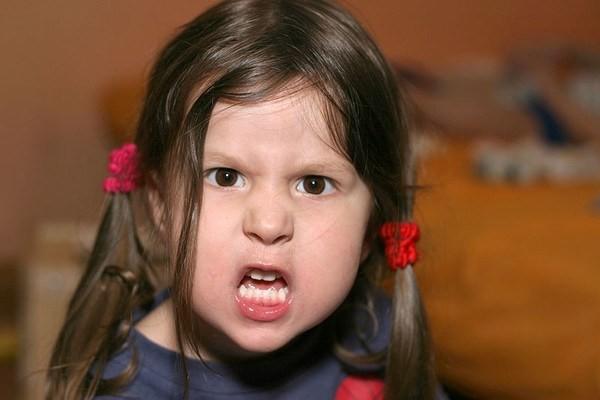 Nóng giận mất kiểm soát - kẻ thù lớn nhất của các ông bố bà mẹ trong giáo dục con trẻ - Ảnh 2.