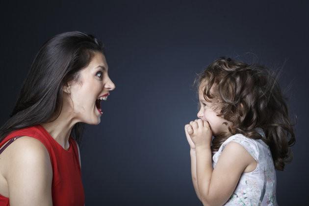 Nóng giận mất kiểm soát - kẻ thù lớn nhất của các ông bố bà mẹ trong giáo dục con trẻ - Ảnh 1.
