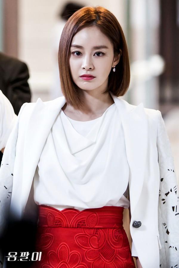 Bạn có biết: 29/3 là ngày có 3 nữ thần hàng đầu Kim Tae Hee, Irene và Sulli cùng ra đời? - Ảnh 3.