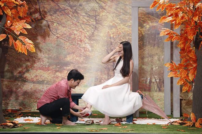 Ơn giời: Hết lăng nhăng hôn má Ái Phương, Trường Giang lại tiếp tục hôn trán Nam Em - Ảnh 2.