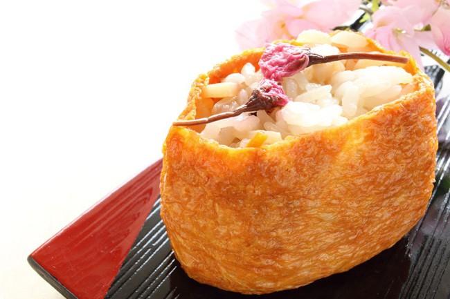 11 món ngon đẹp đến không nỡ ăn rất phổ biến trong mùa hoa anh đào Nhật Bản - Ảnh 10.