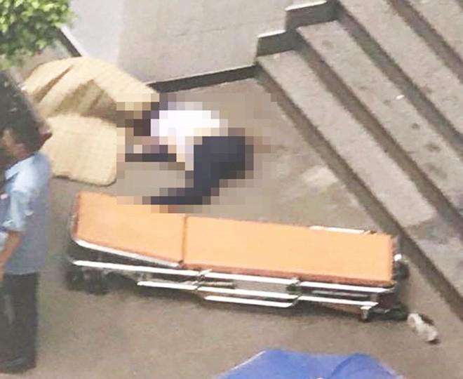 Một nữ sinh viên ĐH Công nghiệp TP.HCM tử vong nghi do nhảy lầu - ảnh 2