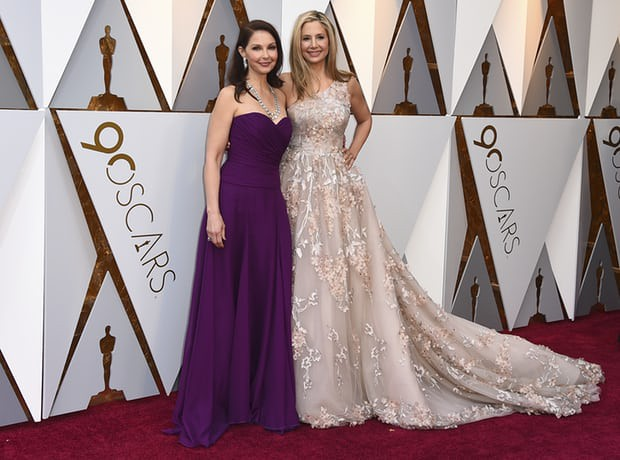 Thảm đỏ Oscar 2018: Cuộc chiến sắc đẹp giữa các nữ thần nhan sắc hàng đầu Hollywood - Ảnh 13.