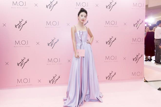 Khoe sắc vóc thanh tân trong chiếc đầm tím chuẩn trend, Quỳnh Anh Shyn nào có kém đàn chị Đông Nhi - Ảnh 5.