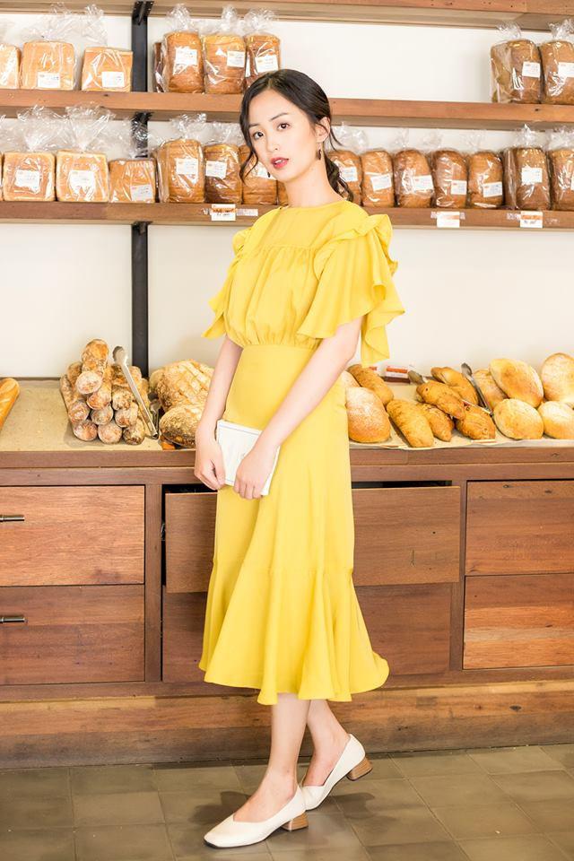 Vô vàn những thiết kế váy áo xinh xắn giá chưa quá 900 ngàn để các nàng diện thật xinh trong ngày 8/3 - Ảnh 7.