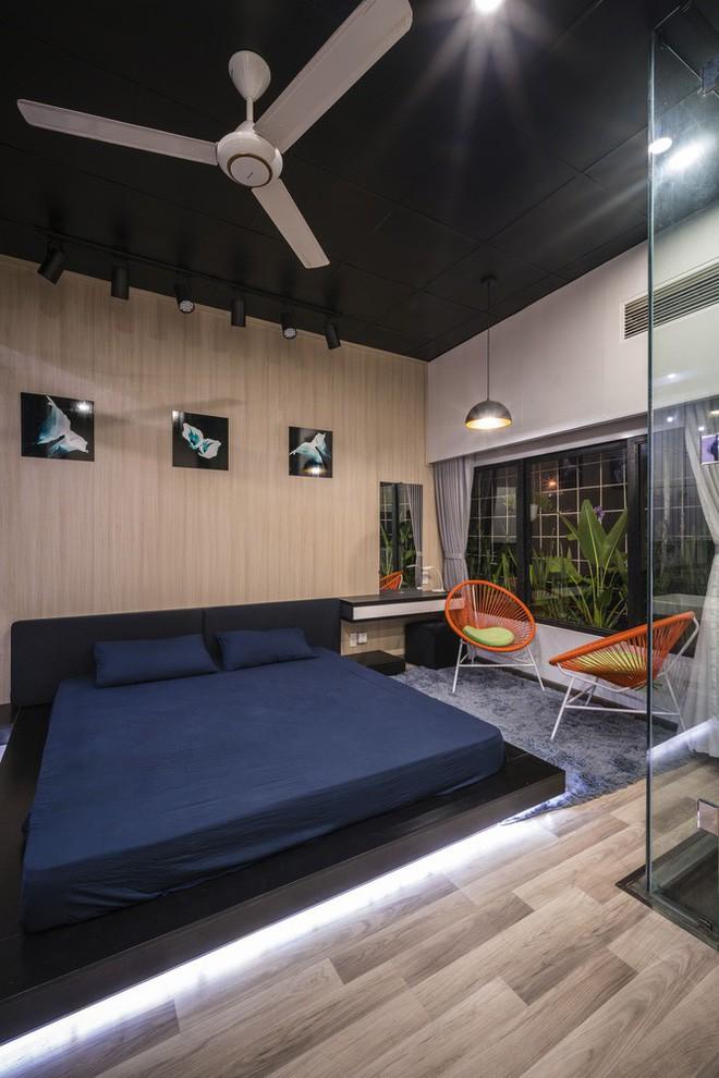 Bất ngờ với ngôi nhà toàn sắt thép nhưng đẹp, mềm mại và vô cùng thư giãn ở Đà Nẵng - Ảnh 17.