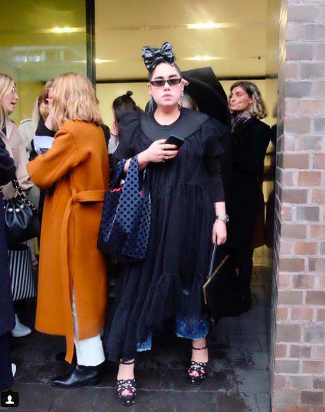 Tròn trịa đã sao? Nàng fashionista béo này vẫn được Vogue tán tụng là ngôi sao của Fashion Week - Ảnh 6.