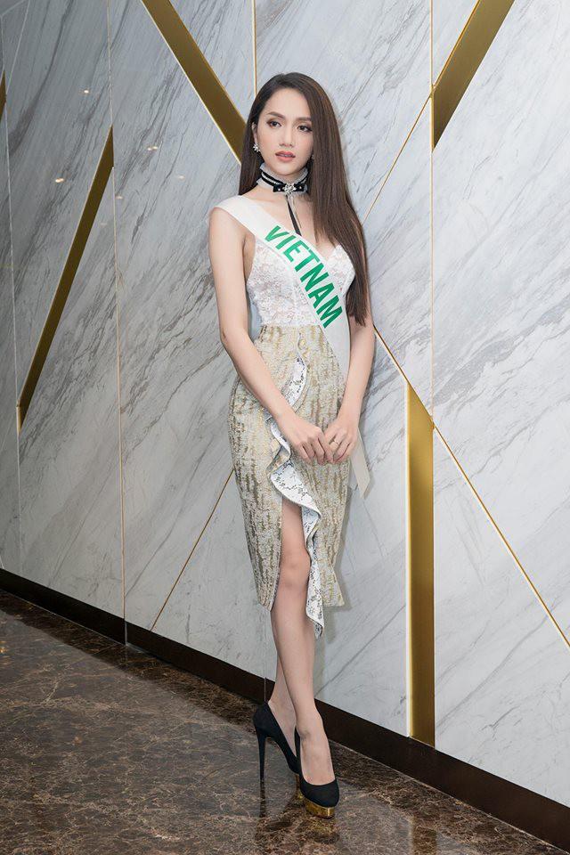 Cùng ngắm lại những thiết kế Việt giúp Hương Giang tỏa sáng tại Hoa hậu chuyển giới quốc tế 2018 - Ảnh 15.