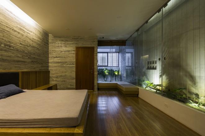 Ngôi nhà sâu 35m với khu vườn trên sân thượng đẹp muốn hờn ở Đà Nẵng - Ảnh 14.