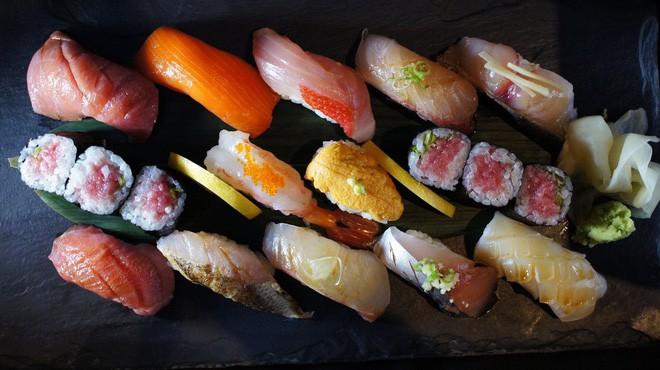 Cách khẳng định quyền bình đẳng nữ giới cực đặc biệt của một nhà hàng sushi ở Nhật và câu chuyện thú vị đằng sau - Ảnh 4.