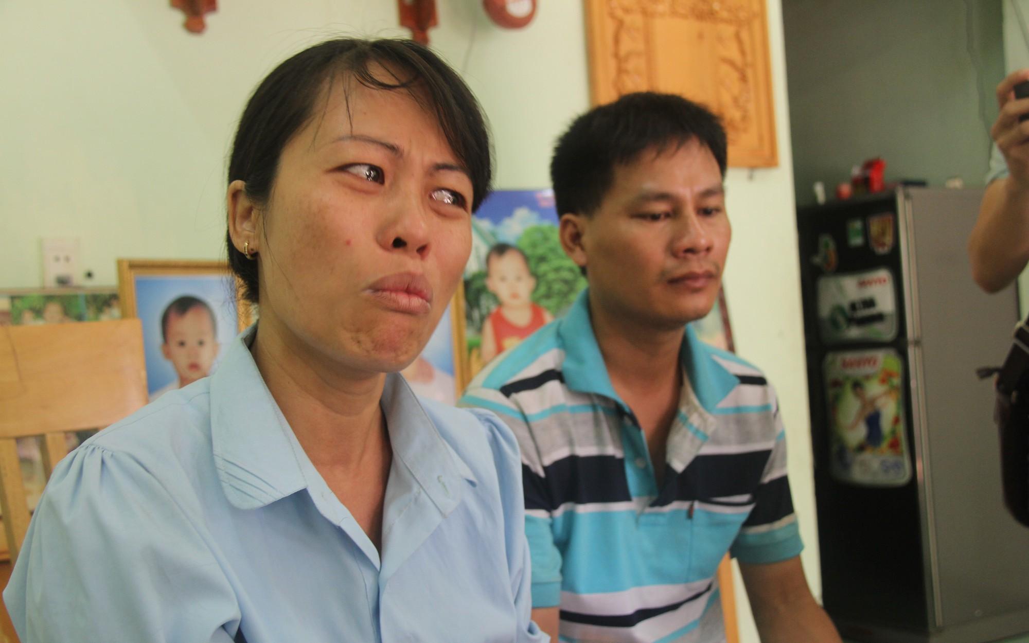 Vụ 2 cháu bé chết vì tai nạn, bố mẹ ôm di ảnh cầu cứu: Tài xế xe khách đã bị khởi tố và bắt tạm giam