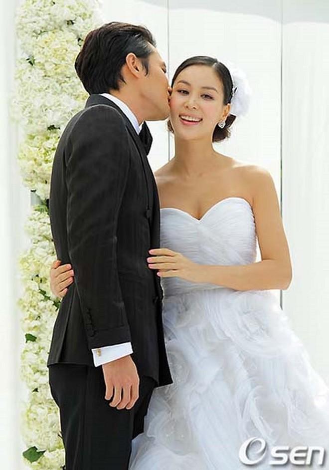 10 cặp tiên đồng ngọc nữ xứ Hàn quyết về chung một nhà sau khi bén duyên trên màn ảnh - Ảnh 7.