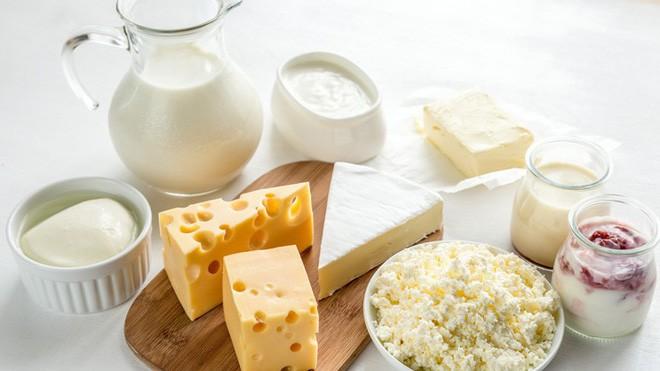 Vì sao nhiều người hễ uống sữa là bị khó chịu, đau bụng: Đây chính là thủ phạm - Ảnh 1.