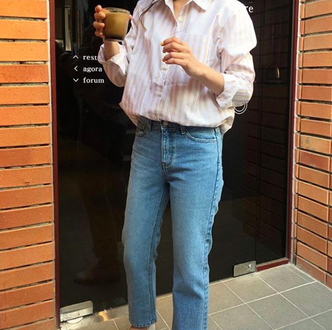 Định mặc quần jeans ống đứng, các nàng hãy chọn 1 trong 4 combo cứ lên đồ là đẹp miễn chê này - Ảnh 6.