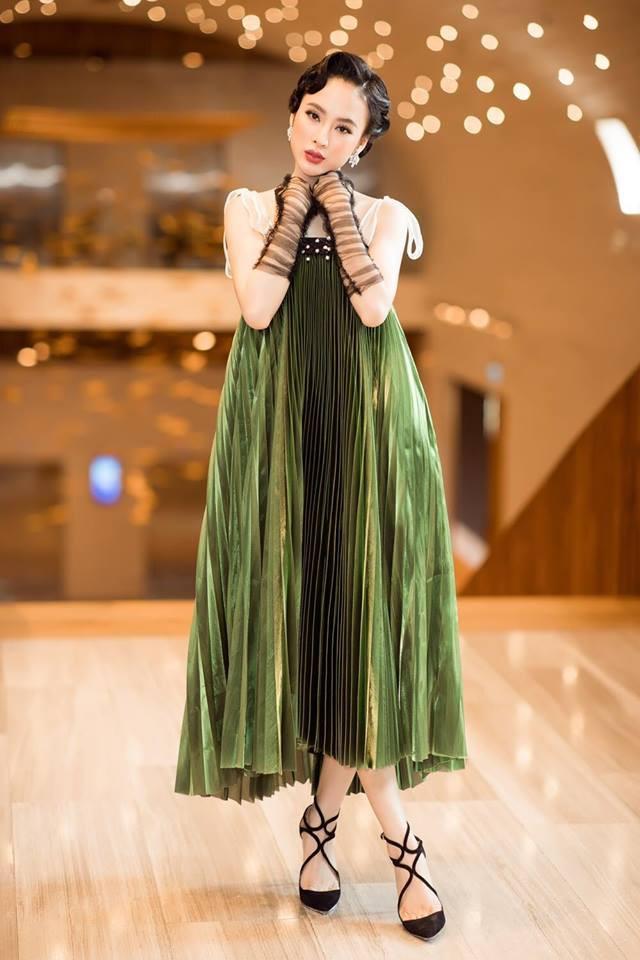 Nam Em diện váy hoa sến sẩm, Elly Trần khoe triệt để nhưng vẫn lọt top sao mặc xấu - Ảnh 4.