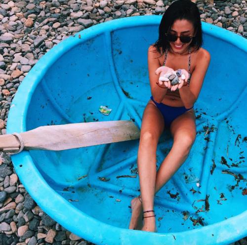Đã diện bikini thì phải biết tạo dáng chất như model chính hiệu mới bằng chị bằng em - Ảnh 16.